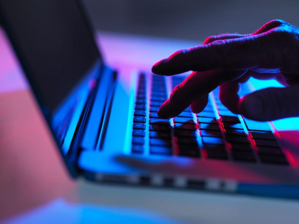 02_12_2014_online threats.jpg
