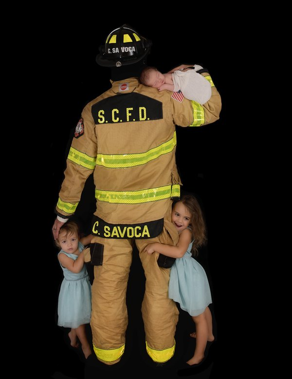 Firefighter with his children thumbnail