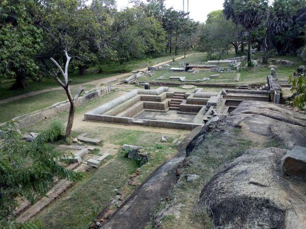 The remaining signs of an ancient royal park thumbnail