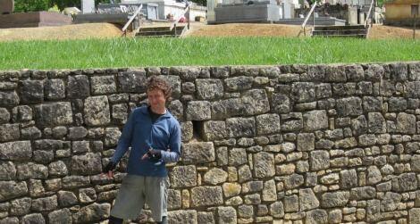 rock wall in Groléjac