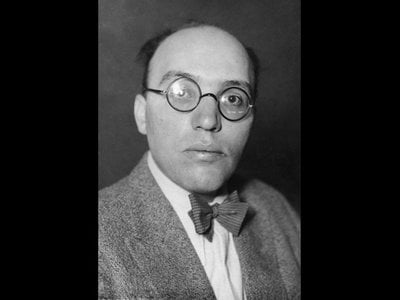Elmar Juchem, Managing Editor of the Kurt Weill Edition, was able to identify Kurt Weill's manuscript while doing archival work in Berlin.