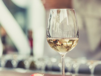 Vomiting and higher levels of perceived drunkenness were linked with more severe hangovers