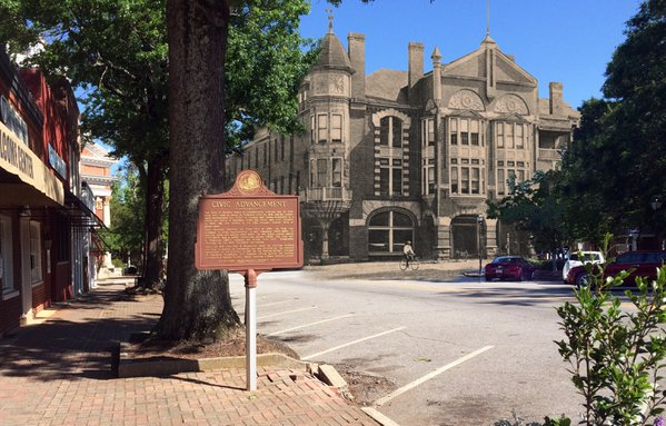 Then & Now: Turnell-Butler Hotel, Madison, GA thumbnail