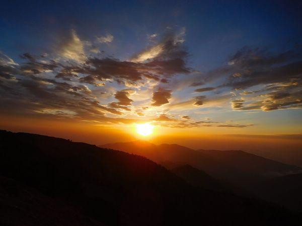 The surreal surrise in Himalaya thumbnail