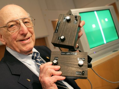 German-American game developer Ralph Baer, in 2009, showing the prototype of the first games console.