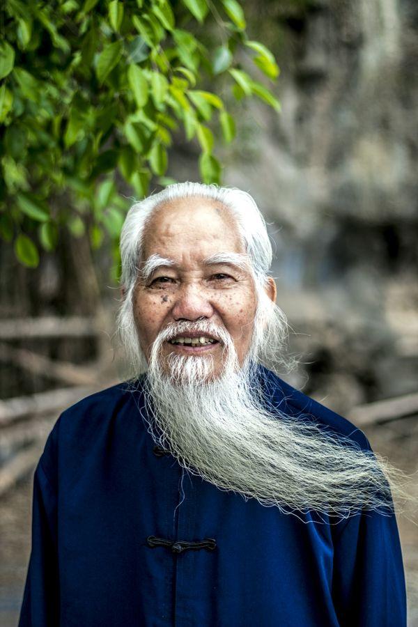 A Majestic Vietnamese Man thumbnail