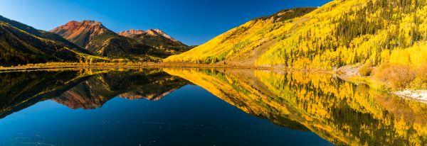 Reflections of fall thumbnail