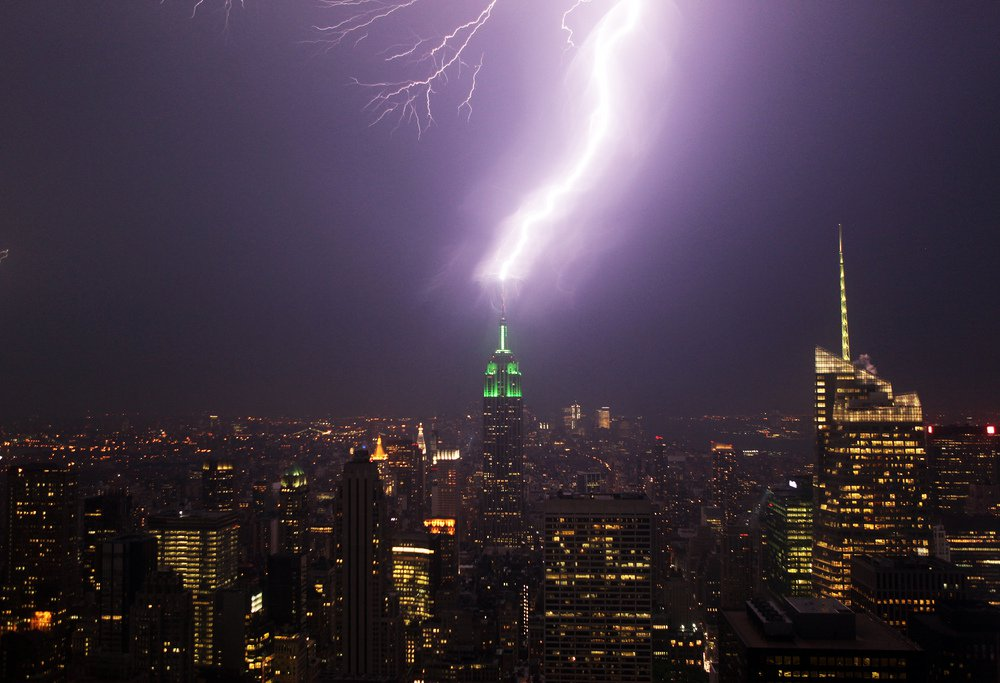 lightning empire state building
