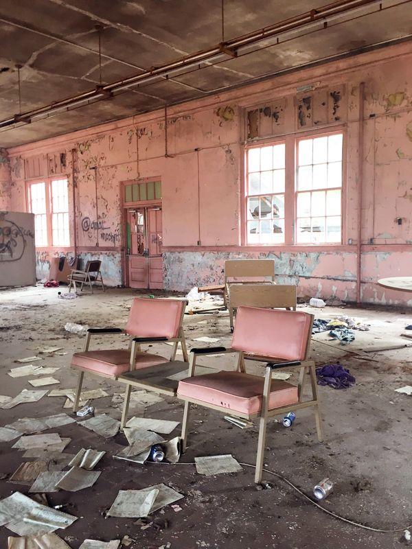 2 Vacant Chairs thumbnail