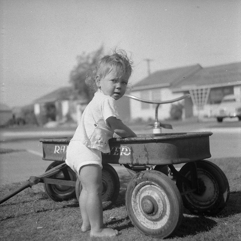 How an Italian Immigrant Rolled Out the Radio Flyer Wagon Across America