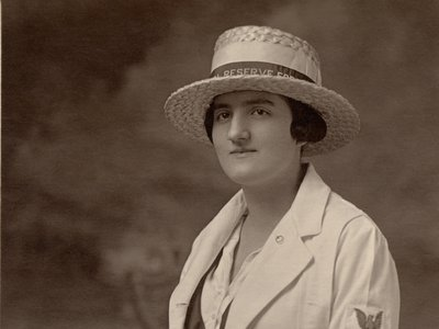 Ruth (Woodworth) Creveling, US Navy Yeoman (F), 1917-1920