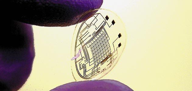 contact lense with computer screen