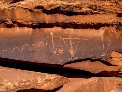 """A panel of the """"Birthing Rock"""" petroglyphs in Moab, Utah, prior to its defacement with racist and obscene etchings"""