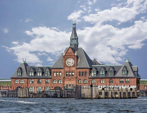 Ellis Island thumbnail