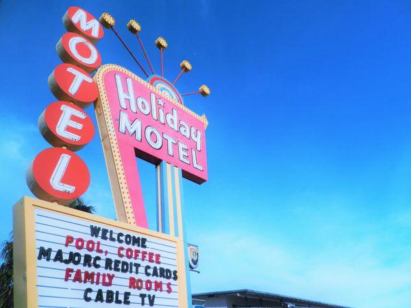 Motel Americana thumbnail