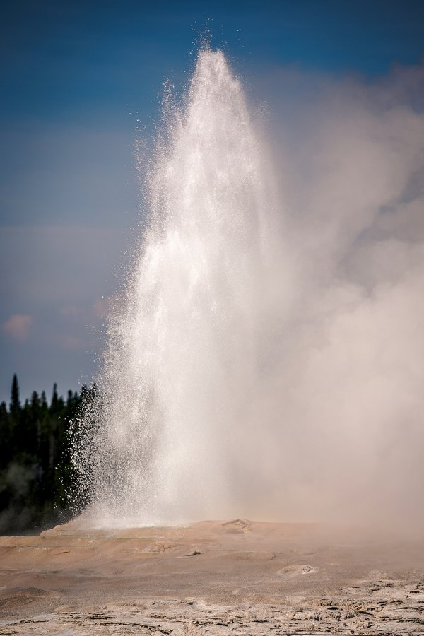 Old Faithful Geyser thumbnail