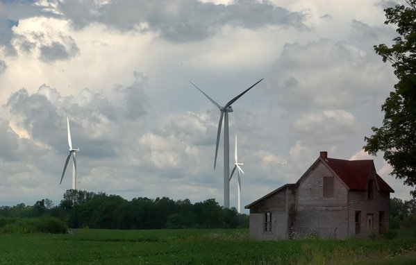 wind turbines on the shores of Lake Erie thumbnail