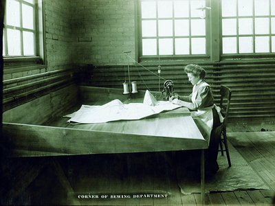 """Ida Holdgreve answered an ad for """"plain sewing""""–a typo that turned a new page in women's history."""