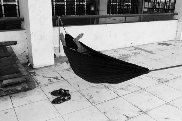 Man in a hammock thumbnail