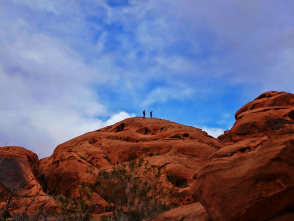Hiking Valley of Fire thumbnail