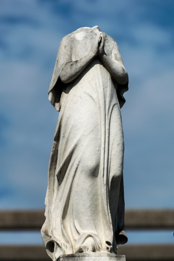 Headless Statue, New Orleans Cemetery  thumbnail