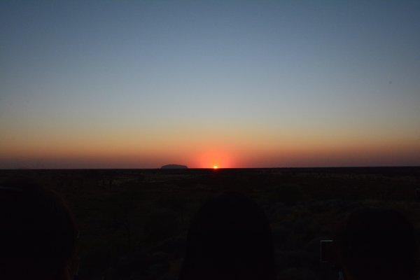 Uluru sunrise thumbnail