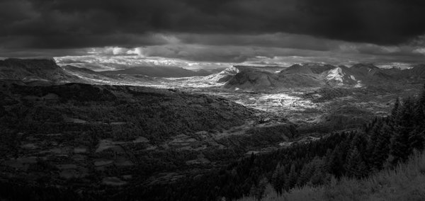 Vercors mountains (infra-red) thumbnail