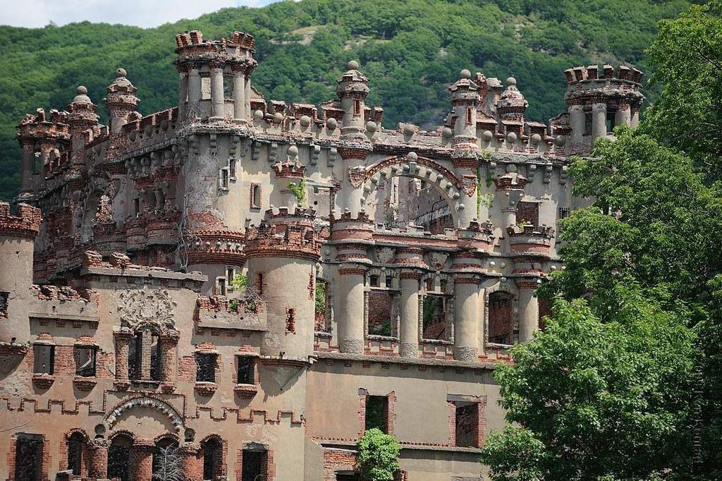 Six Castles You Can Visit in the United States