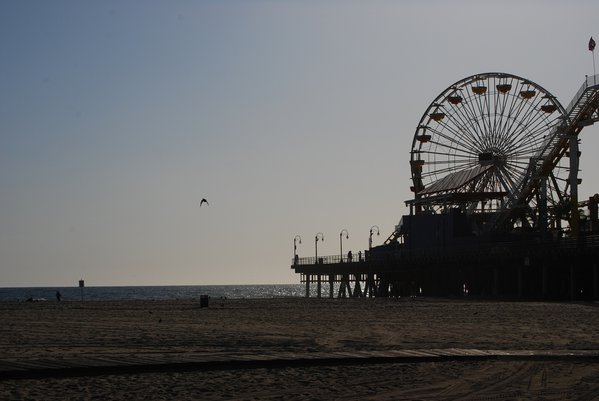 Beautiful Santa Monica looks so calm, but is so fun thumbnail