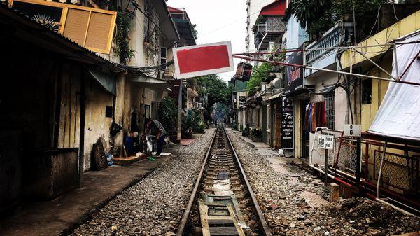 Train to Hanoi thumbnail
