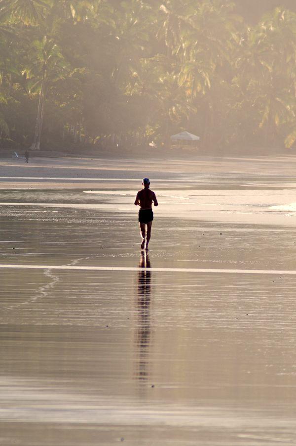 Early morning runner thumbnail