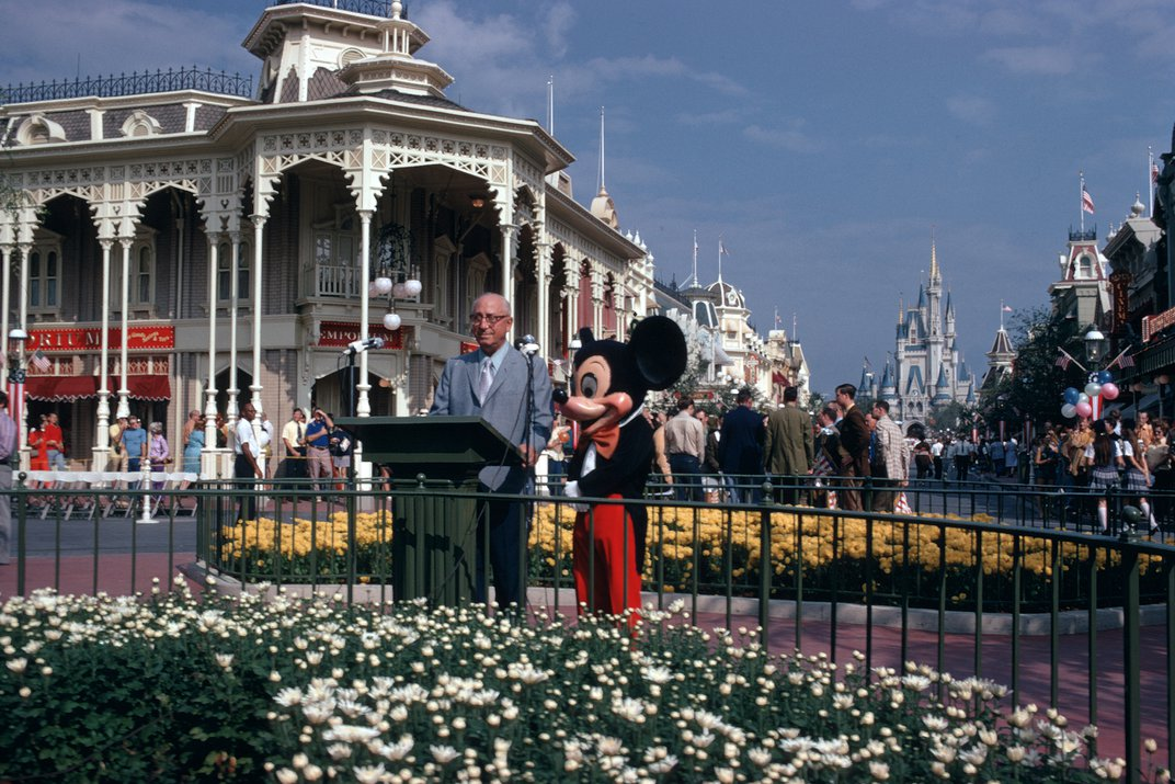 In the Magic Kingdom, History Was a Lesson Filled With Reassurance