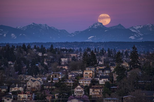 """La Luna"" thumbnail"