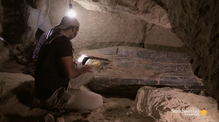 Preview thumbnail for video 'A Coffin Is Unearthed Using Ancient Egyptian Tech