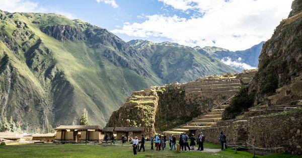 Visiting a mid-15 century town Ollantaytambo in Peru thumbnail