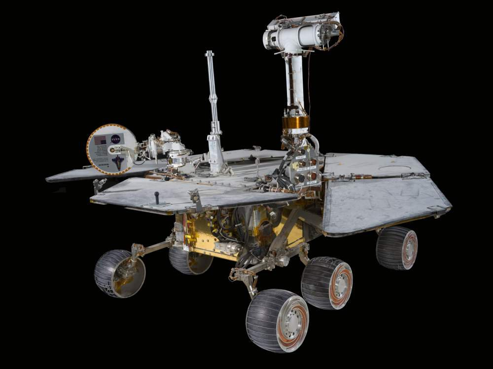 The Mars Exploration Rover (MER) Surface System Test-Bed (SSTB) is nearly identical to the MER twin rovers Spirit and Opportunity that landed on Mars in 2004. Photo by Mark Avino, Smithsonian National Air and Space Museum (NASM2020-00501).