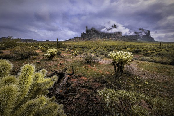 A morning storm over the fabled Superstition Mountains thumbnail