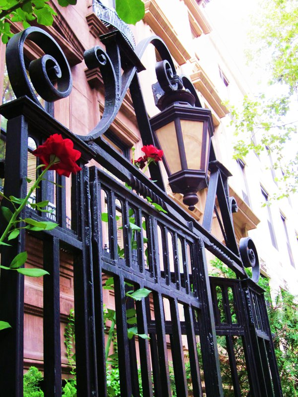 Brownstone and fencing in Jersey City, New Jersey thumbnail
