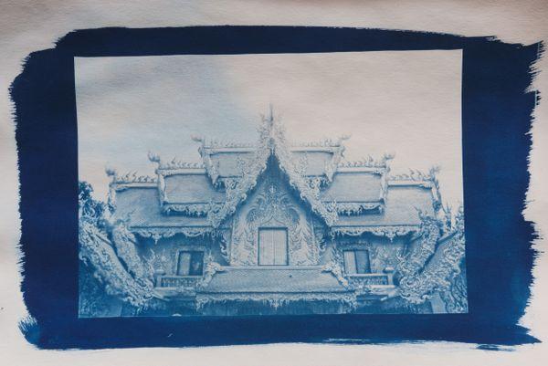 Chiang Rai White Temple  complex thumbnail