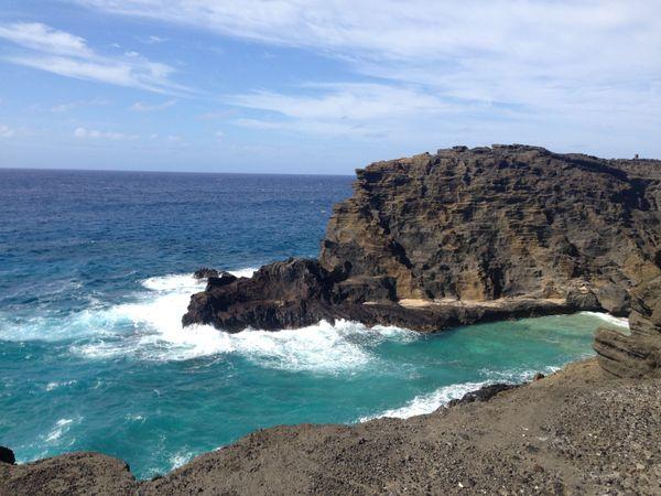 Oahu rock outcropping thumbnail