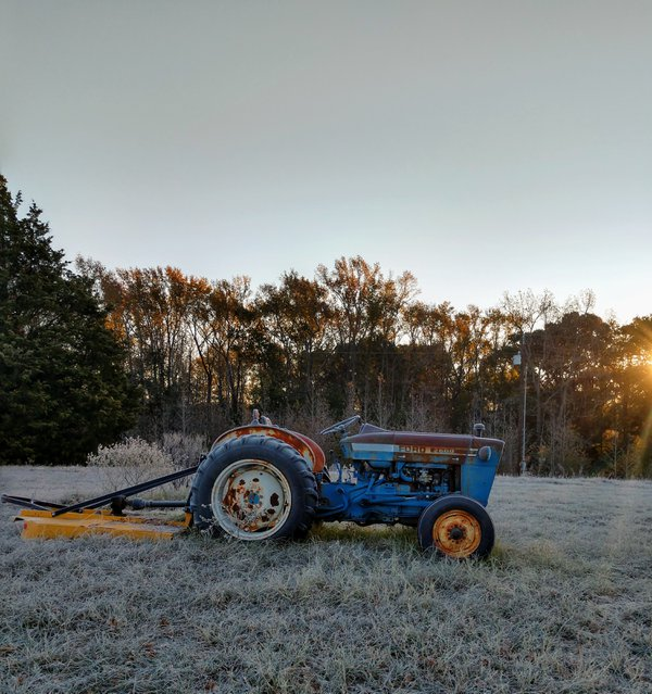 Blue Tractor thumbnail