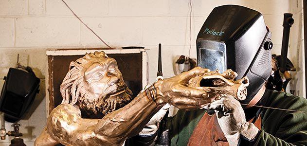 Homo heidelbergensis sculpture