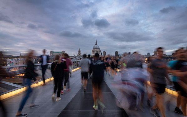 Running on the Bridge thumbnail